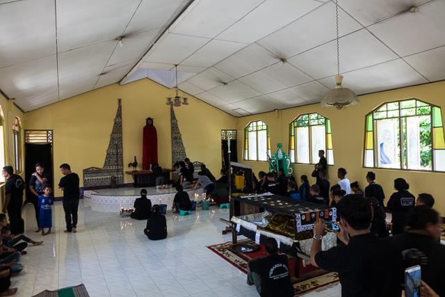 Supplication on Adonara island