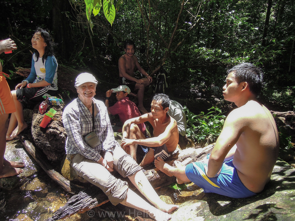 Lunch stop during trek - see orangutan and meet dayak people in kalimantan