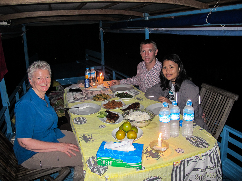 Dinner on the klotok in Tanjung Puting - see orangutan and meet dayak people in kalimantan