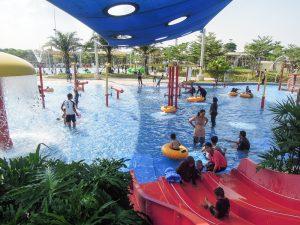 Baby slides and water jets at Go Wet Waterpark Grand Wisata Bekasi