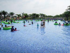 The wave pool at Go Wet Waterpark Grand Wisata Bekasi