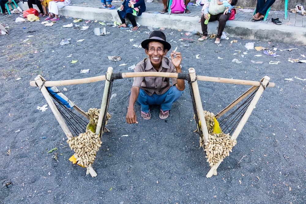 Beach peanut vendor - See Gandrung Sewu in Banyuwangi