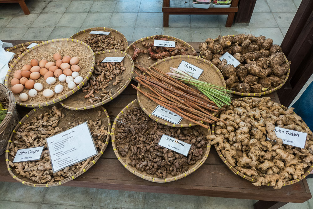 Herbs and spices on sale - Day trip to Kuntum Farmfield in Bogor