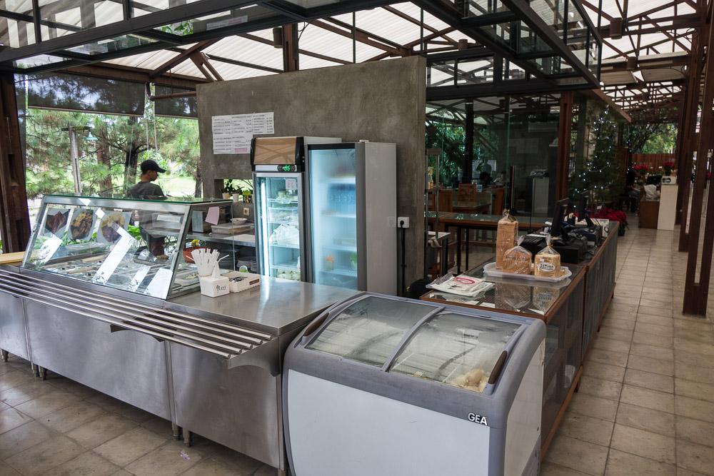 Kuntum Farmfield cafe - Day trip to Kuntum Farmfield in Bogor