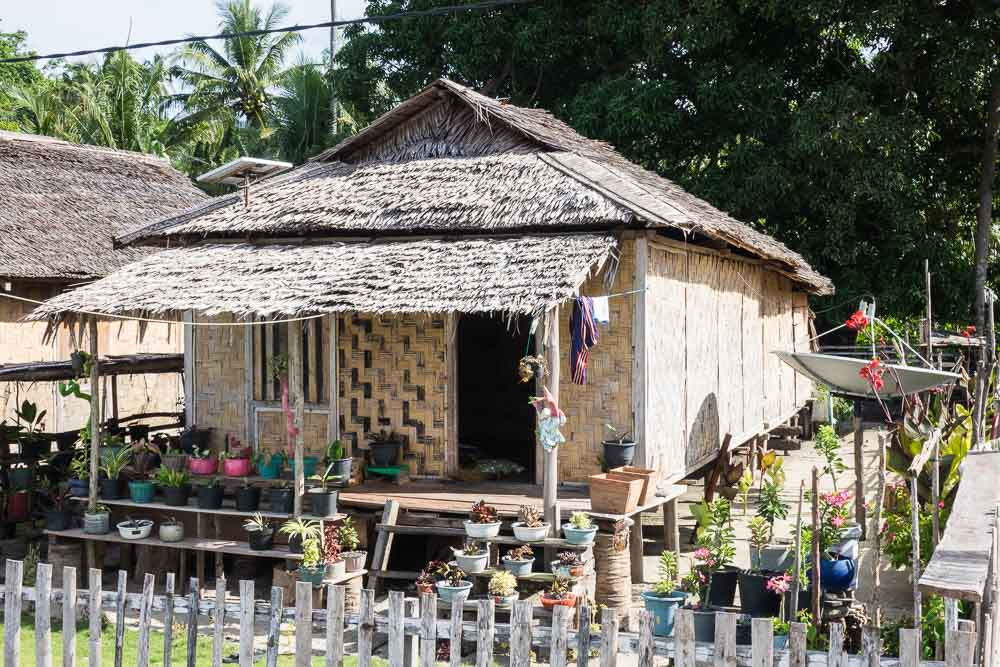 Thatch house - Island Hopping and Scuba Diving in Togean
