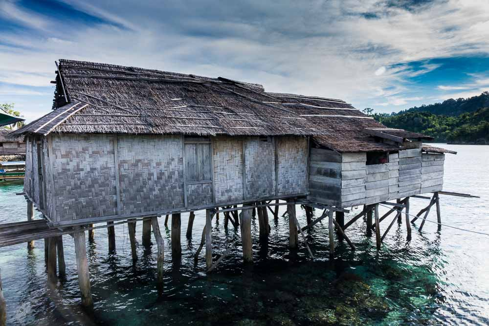 Bajo house - Island Hopping and Scuba Diving in Togean