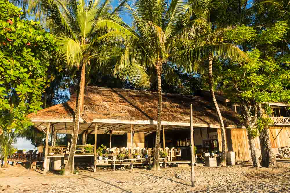 Fadhilla Cottages Restaurant - Island Hopping and Scuba Diving in Togean
