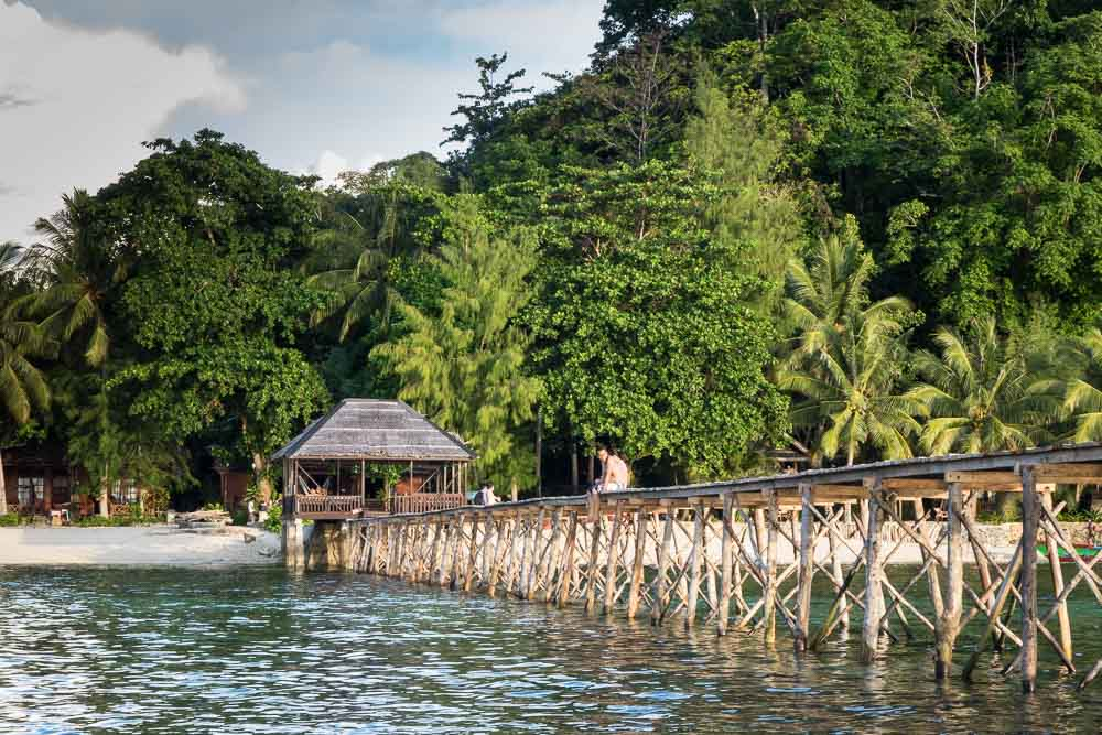 Kadidiri Paradise Resort - Island Hopping and Scuba Diving in Togean