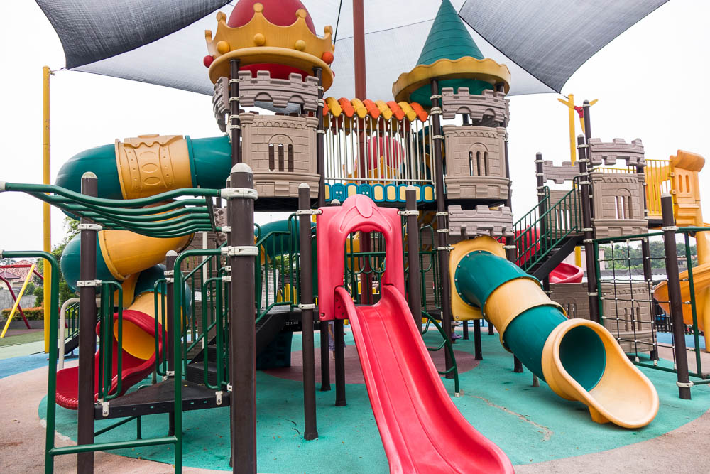 Outdoor slide complex at Playparq Bintaro