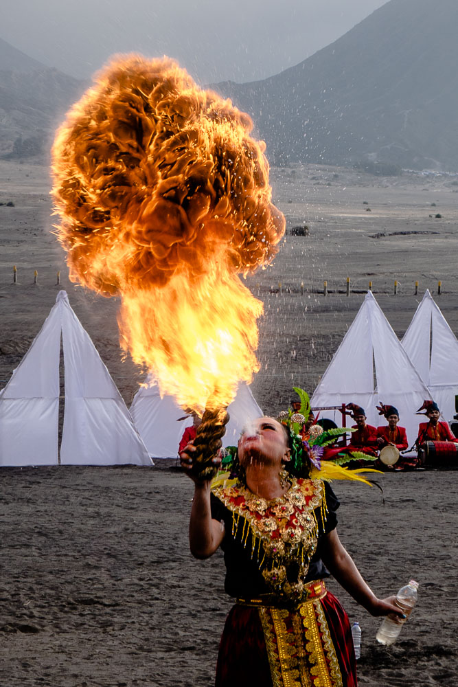 A fire breather - Yadnya-Kasada